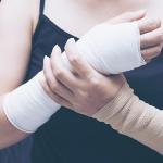 Lesões por esforço repetitivo no piano: o que é e como evitar?