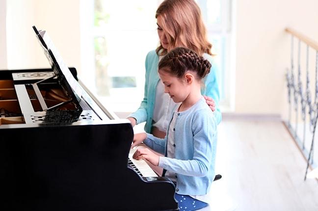 10 razões para estudar com um (bom) professor de piano