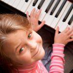 O piano digital como auxiliar no aprendizado