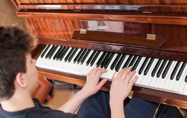 Fazer o estudo de piano render