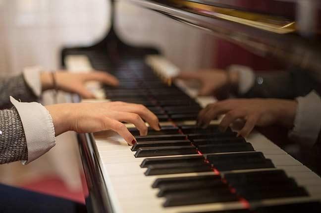 Exercícios de Piano para Treinar