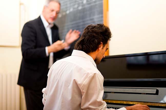Aula de Piano Individual