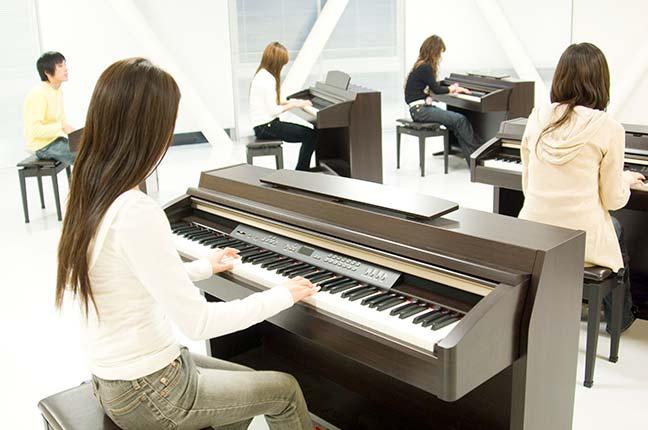 Aula de Piano em Grupo
