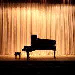 Um piano para cada palco