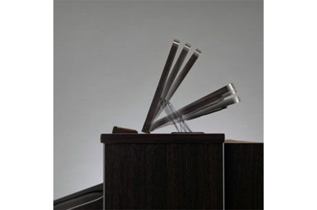 porta-partitura para piano digital