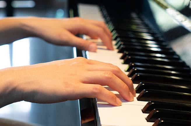 igualdade dos dedos para tocar piano